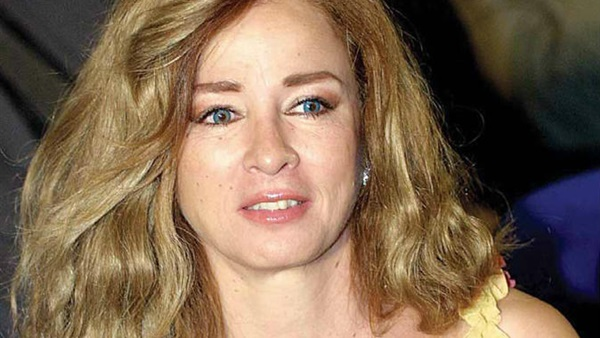 كواليس اعتذار نجلاء فتحي عن «أسوان لسينما المرأة»